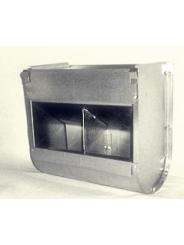 Бункерная навесная кормушка для кроликов. Ширина 250мм. Двух-секционная,без крышки.