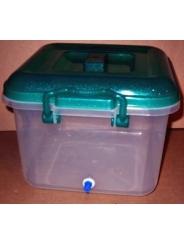 Емкость для воды - контейнер на 8 литров с одним штуцером под шланг диаметром 8мм