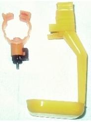 Комплект- ниппельная поилка+каплеуловитель на трубу диаметром 25мм.